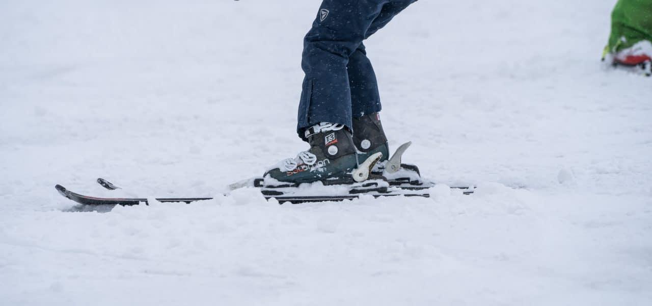 Skien in de echte sneeuw in Bergschenhoek (het kon)